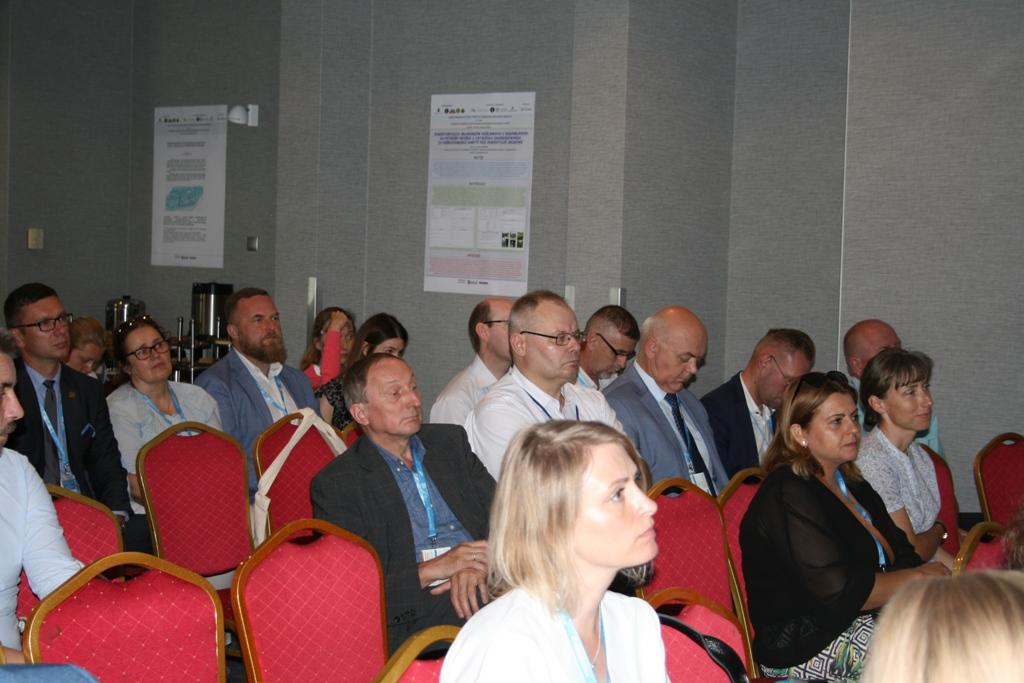 Konferencja (12)